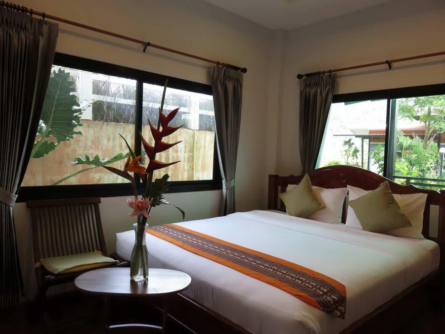 ห้องมาตรฐานเตียงคิงไซส์ - บี คูล บูทิก โฮเทล แอท ภูเรือ
