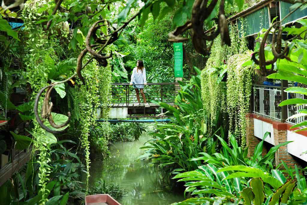 หัตถาธารา รีสอร์ท (Hatthatara Resort)