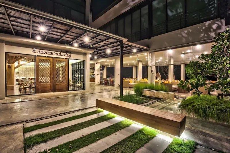 ลำพวา อัมพวา รีสอร์ท (Lumphawa Amphawa Resort)