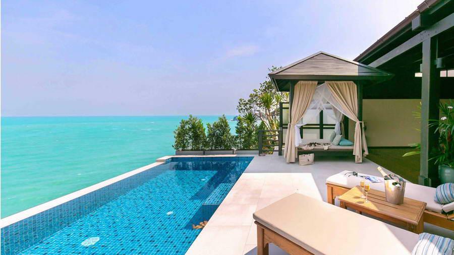 ระเบียงห้อง Tongsai Pool Villa - โรงแรมบ้านท้องทราย