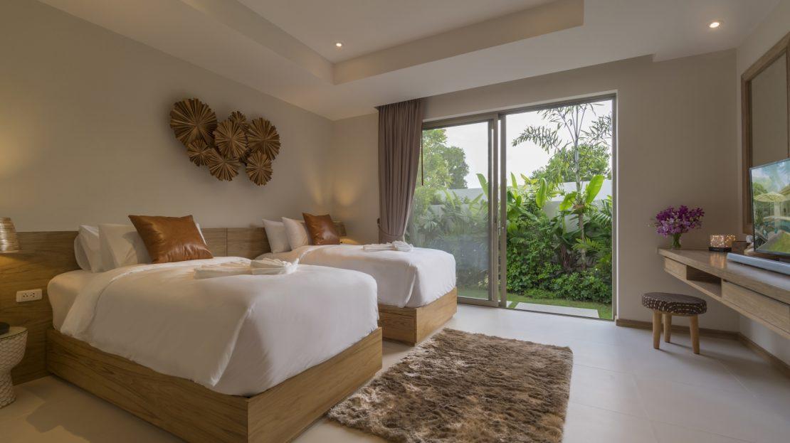 ห้องนอนเตียงคู่วิวสวน - บ้านใจ ภูเก็ต