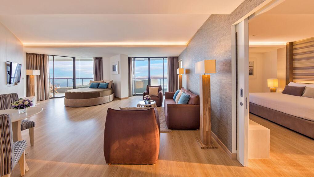ห้อง Junior Family Suite วิวทะเล - เคป ดารา รีสอร์ท