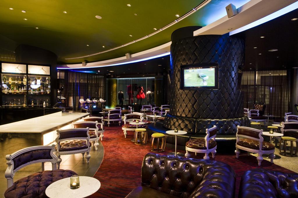 บาร์เครื่องดื่ม - โรงแรมฮาร์ดร็อค พัทยา